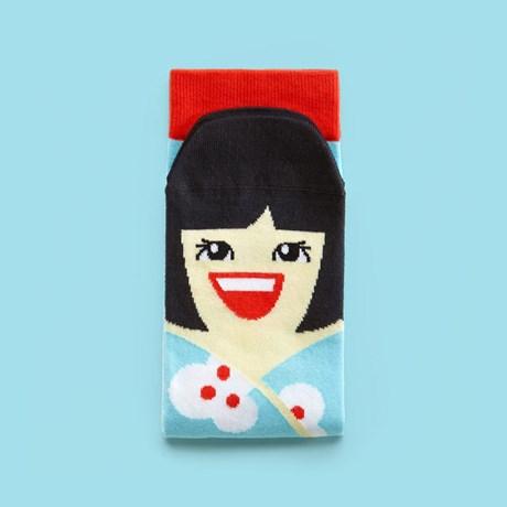 ChattyFeet Sokker  Yoko Mono